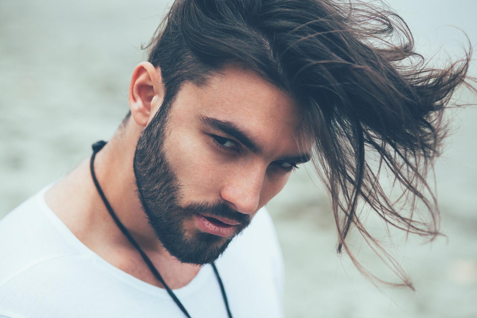 Le Figaro Der Friseur Furs Wohlbefinden Ausgefallene Frisuren